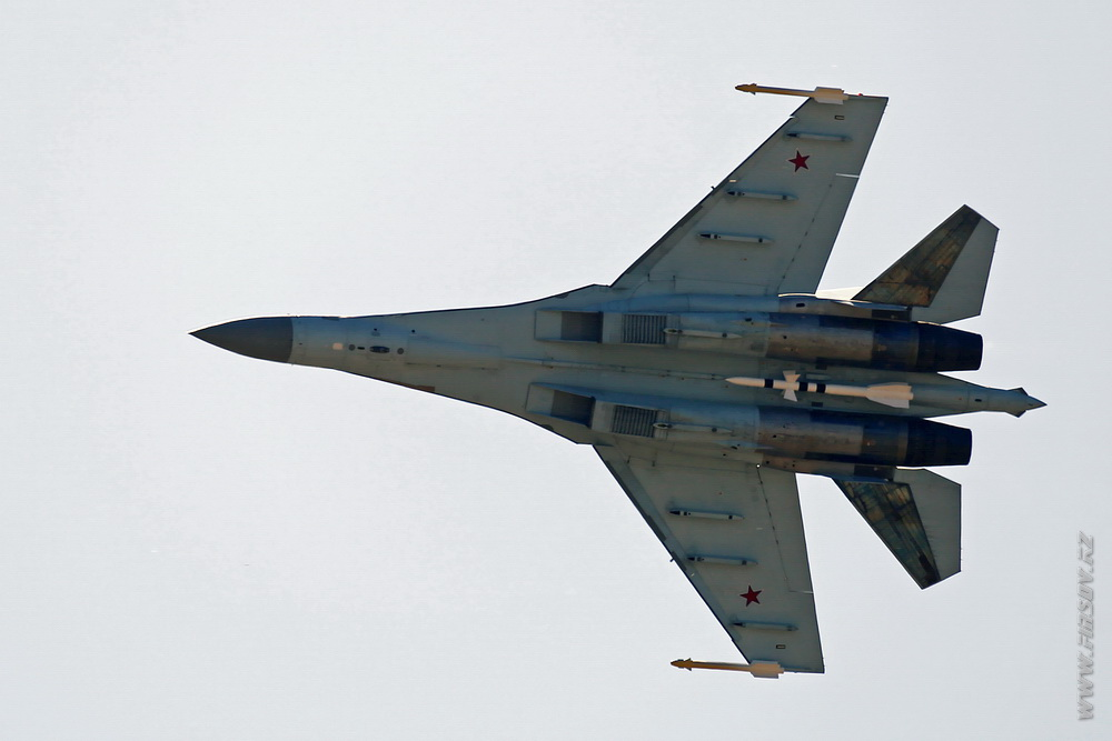 Su-35S_03_Air_Force_Russia_4_UUBW_ .JPG