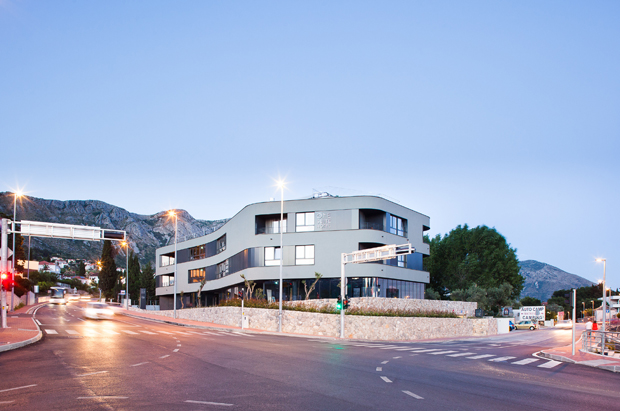 One Suite Hotel by 3LHD Architects