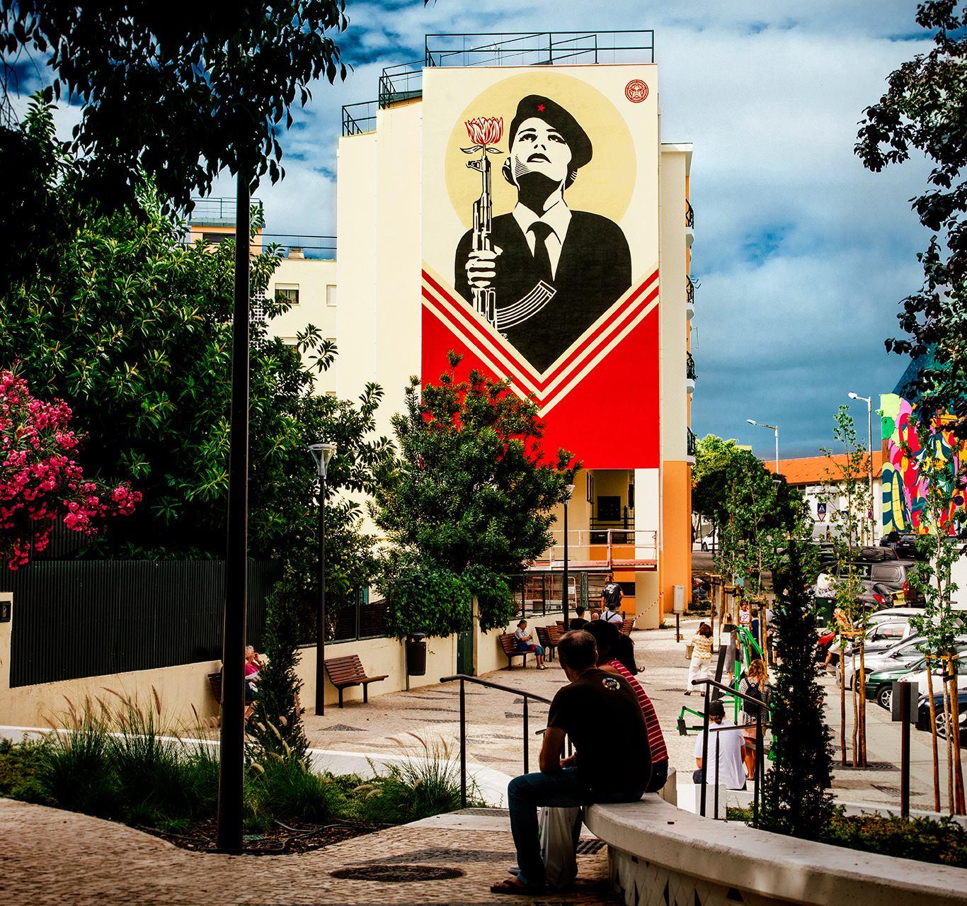 Streets: Shepard Fairey x Vhils (Lisbon)
