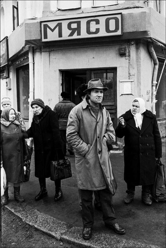 Угол Цветного и Рождественского бульваров. Москва, 1989 год. Фото © Игорь Стомахин.jpg