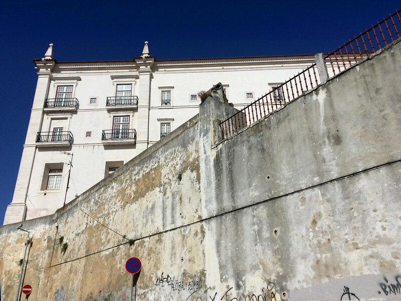 лиссабонский контраст