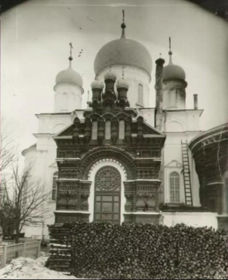 Общий вид Тихвинской церкви