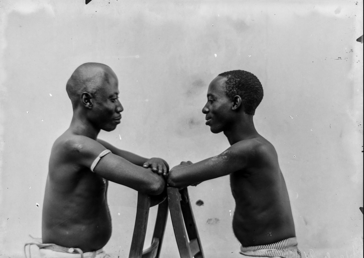 90. Портрет двух мужчин