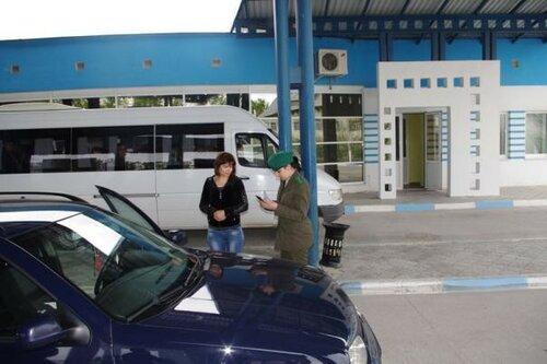 Граждане Молдовы возвращаются на Пасху домой