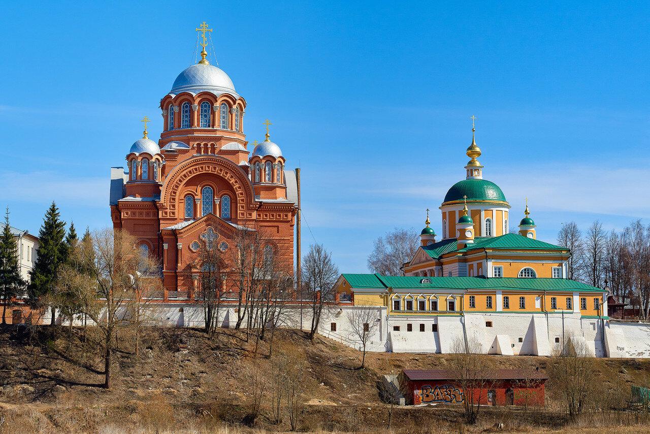 дачу хотьковский монастырь фото летом первый сезон