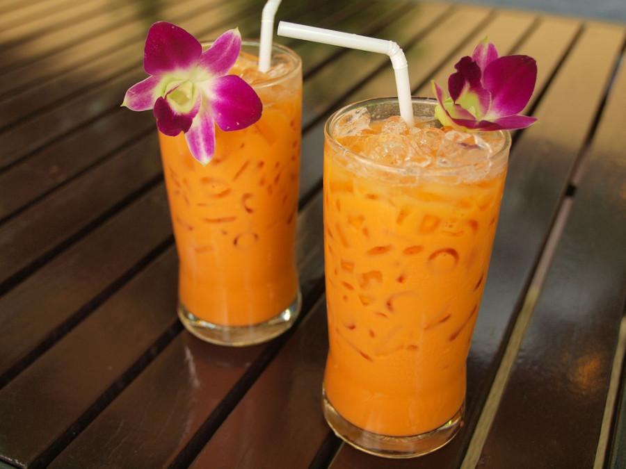 12. Таиланд Приехав в Таиланд, обязательно попробуйте чай ча йен, который готовится из заваренного ч