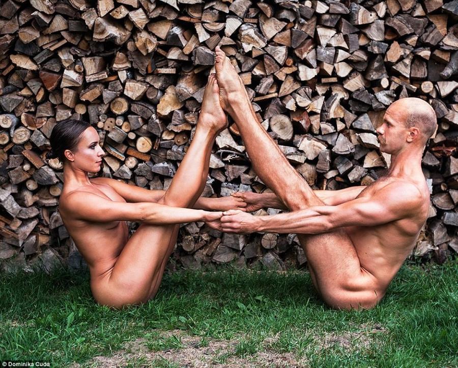 5. Смесь акробатики и йоги: Марта Витека (Marta Witecka) и Юрий Куссмауль (Juri Kussmaul).