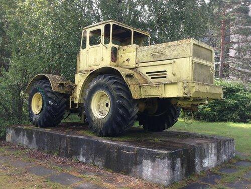 11_Луга_трактор.JPG