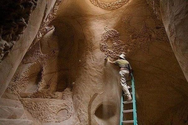25 лет в пещерах