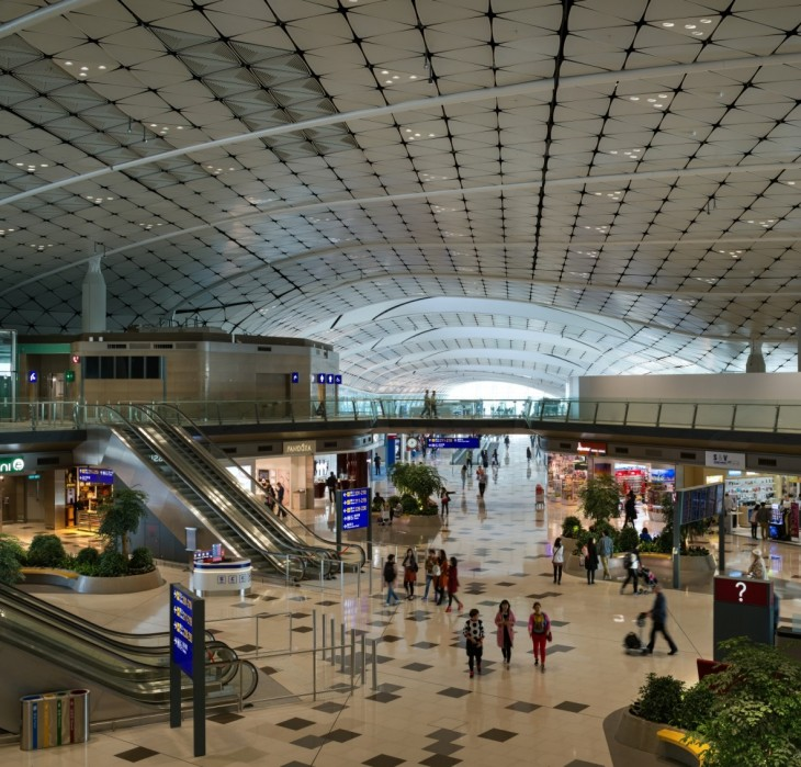 Introduction As a core part of the airport's midfield expansion, the Midfield Concourse equips the H