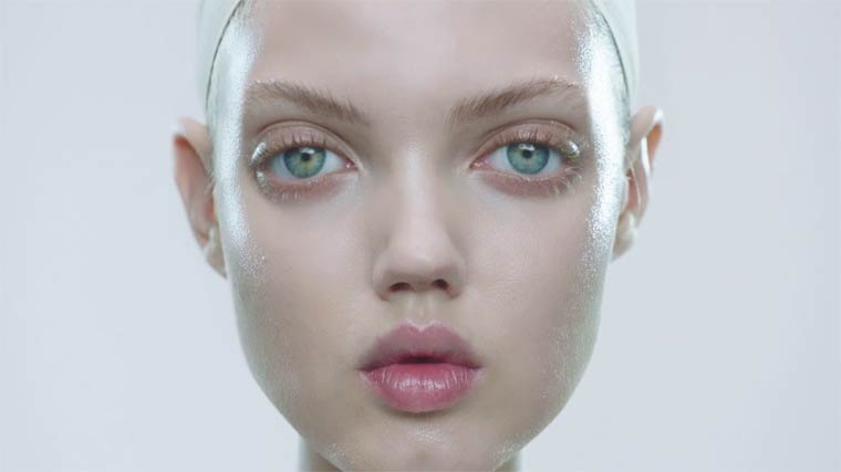 Modoll - The supermodel Lindsey Wixson transformed into a 3D printed doll