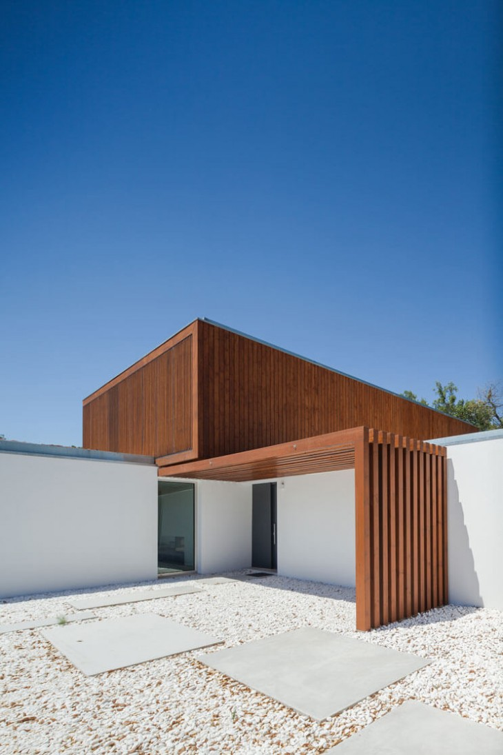 Quinta dos Pombais House by Opera - Your Daily Architecture & Design Update