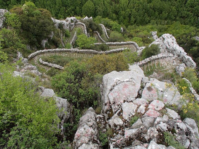 старинная мощеная дорога ступени Врадето (skala Vradetu)
