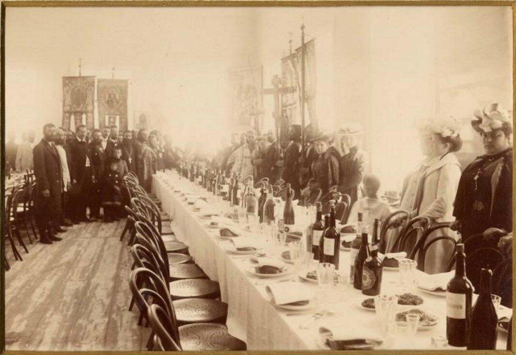1900-е.В ожидании трапезы