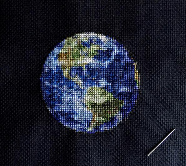 Вышивка крестиком космос
