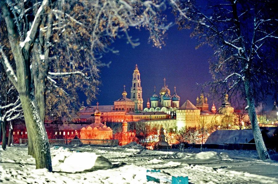 Ночь в Сергиевом Посаде (Ekv1)