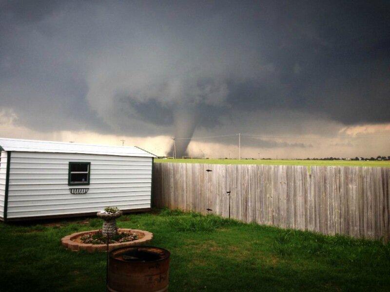 Фотографии сильнейших торнадо года. Впечатляющие снимки природной стихии 0 13fc8a 345797e2 XL