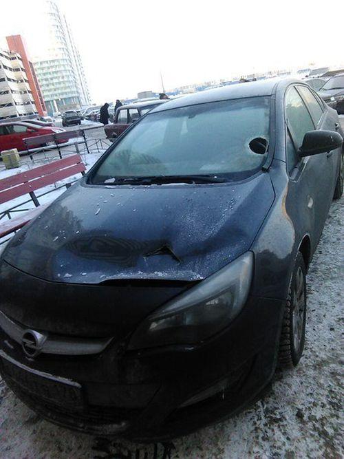 Наказание кирпичом за неправильную парковку