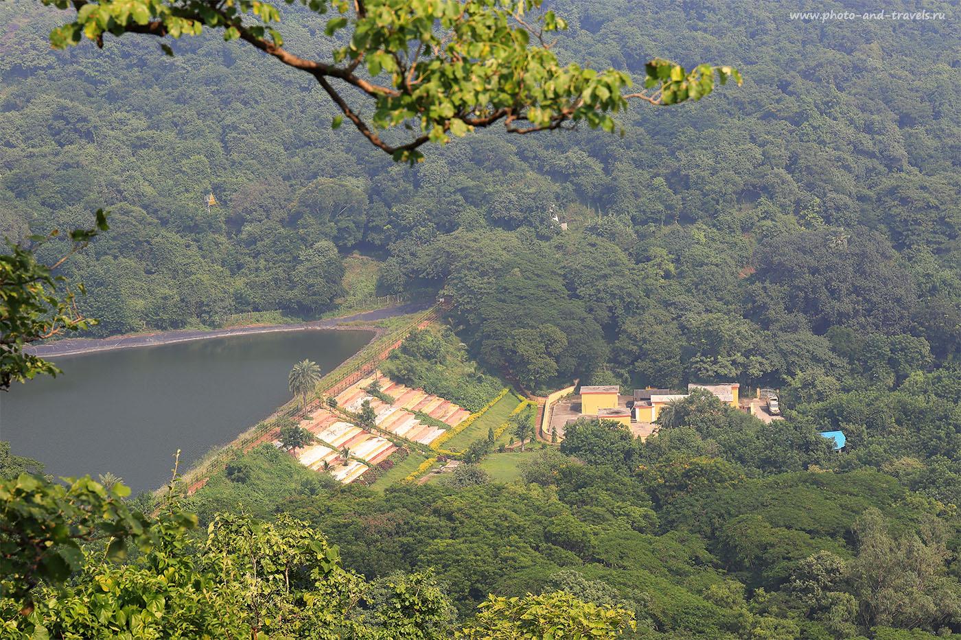 22. Вид на водохранилище. Отчет об экскурсии к пещерам Элефанты в Мумбаи. Поездка на отдых в Индию (24-70, 1/200, 0eV, f9, 70mm, ISO 100)