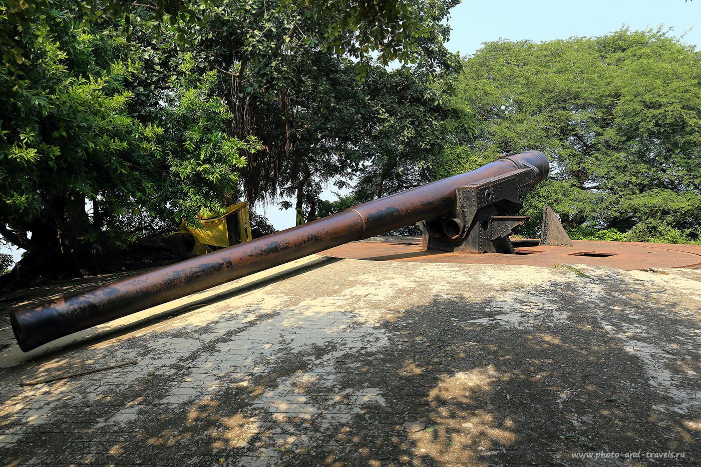 Фотография 22. Пушка на смотровой площадке острова Elephanta Island (Gharapuri Island) в Мубаи. (24-70, 1/125, 0eV, f9, 24 mm, ISO 100)