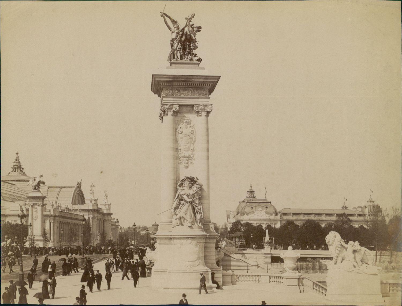 1900. Мост Александра III и Большой дворец