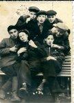 1954 студенты Красноярского муз училища.jpg