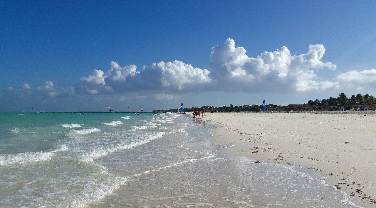 Хороший пляж и удобный вход в море для ребенка от Туапсе до