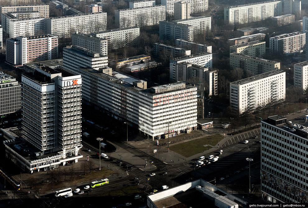 29. Комплекс жилых многоэтажек «Лейпцигская улица» — социалистический ответ-противовес капитали