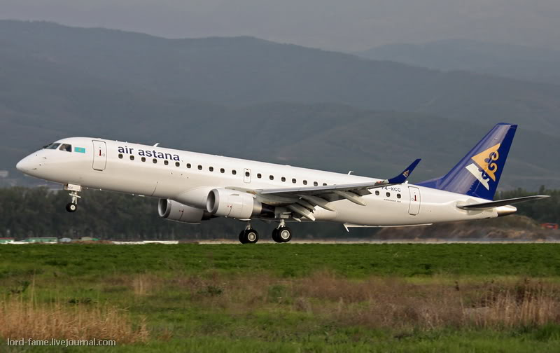 Embraer-190_P4-KCC_Air_Astana_1_ALA_for_-1.JPG