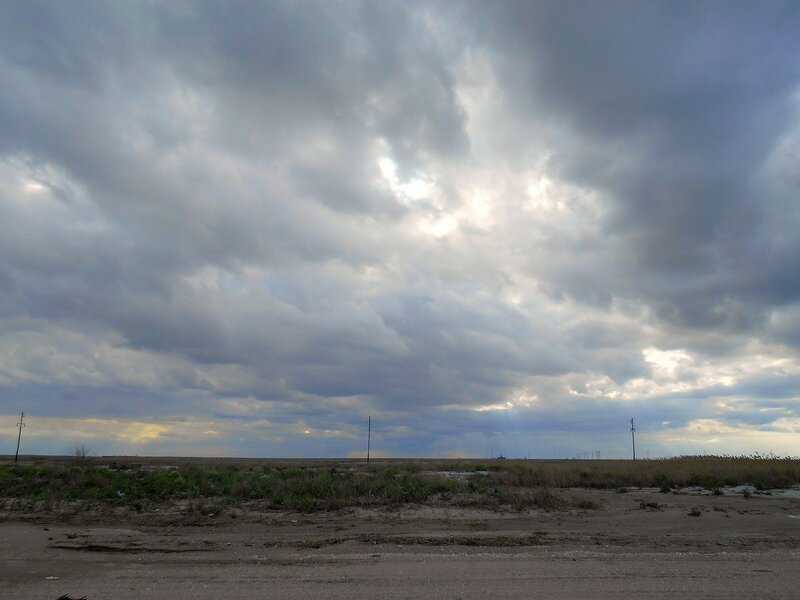 Крутятся, меняются облачные покровы ... DSCN5218.JPG
