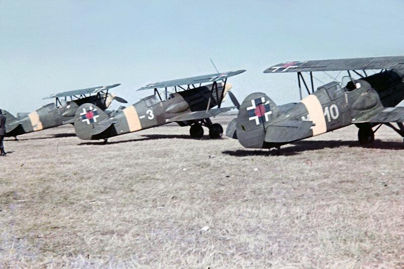 1941 slowakische Avia B-534 Doppeldecker, die ab 1941 an der ukrainischen Front.JPG
