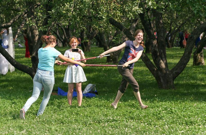 Безмятежность в яблоневом саду
