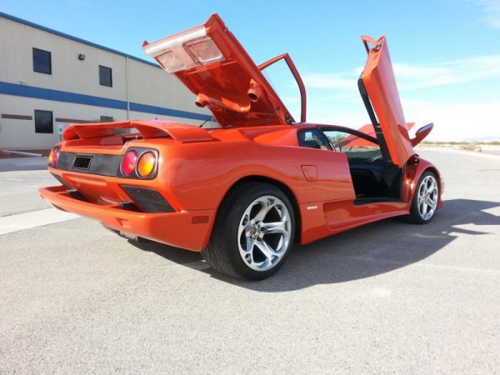 Lamborghini Diablo с двигателем V8 от Корветта
