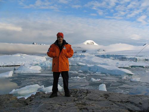 20. Эмилио Марко Пальма стал первым в мире ребенком, рожденным в Антарктиде Эмилио появился на свет