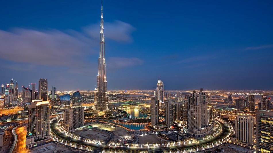 На 100 этаже расположены только 3 квартиры, которые принадлежат индийскому миллиардеру Б. Р. Шетти.