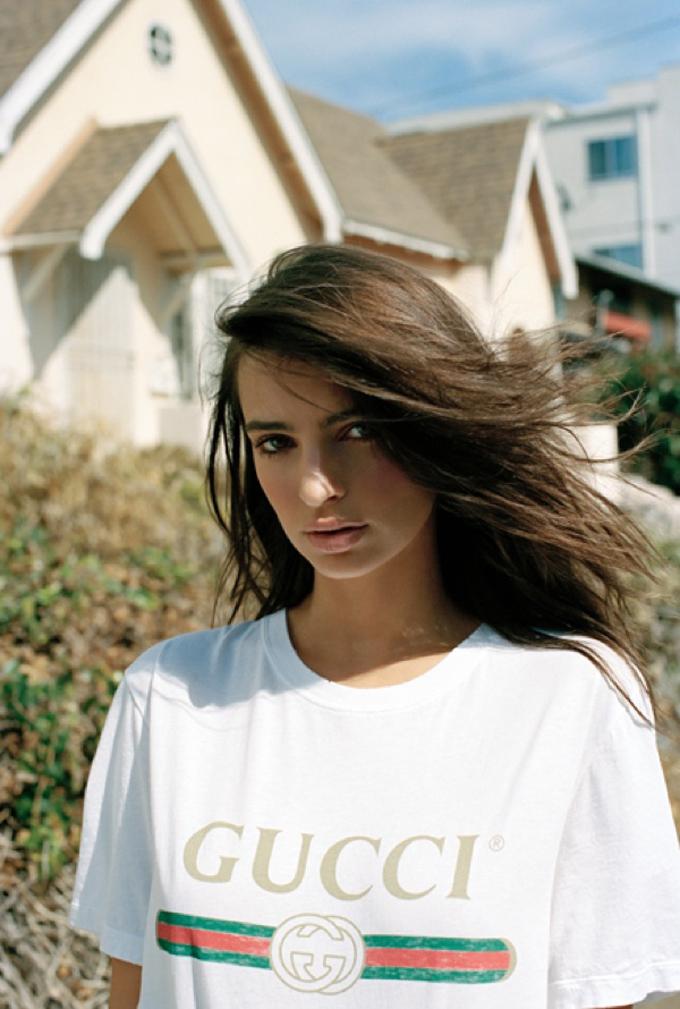 Эмили Ратаковски на страницах Oyster Magazine