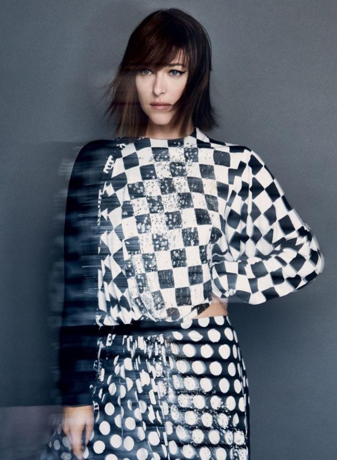 Дакота Джонсон в Vogue