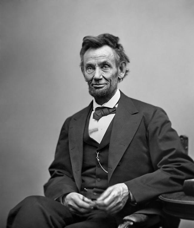 10. Авраам Линкольн В молодые годы Авраам Линкольн отправился на фронт в звании капитана, а вернулся