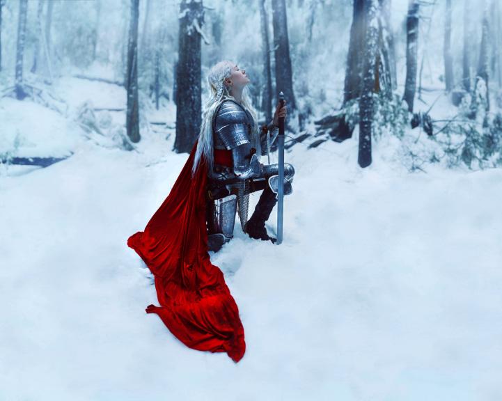 Портал во времена короля Артура: женщины в образе средневековых рыцарей