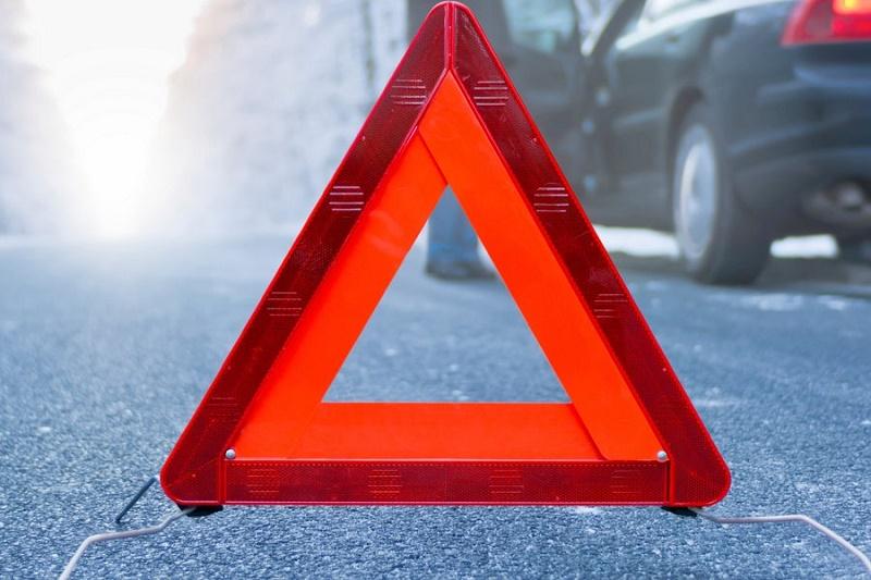 Два автомобиля врезались взаглохший фургон натрассе вВоротынском районе