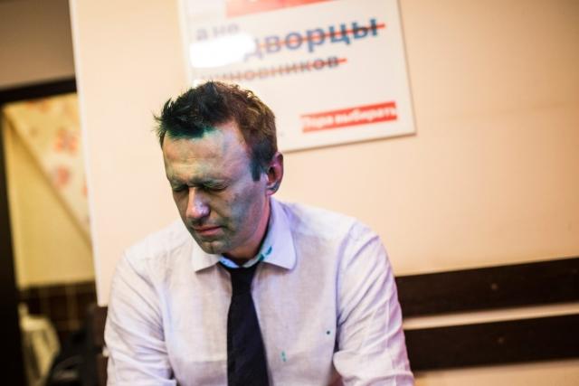 Противники Навального подрались сним вВолгограде