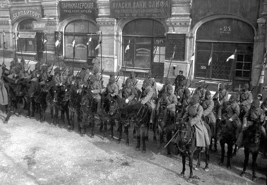 331370 Первая Конная армия на параде на Красной площади 1924.jpg