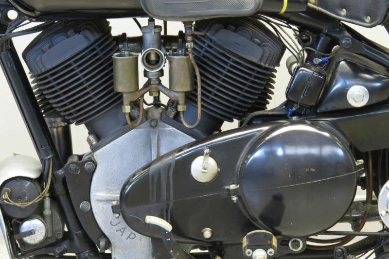 Brough-Superior-1939-1150-62581-4.jpg
