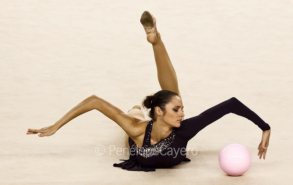 Can Adults Learn Rhythmic Gymnastics
