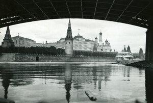 06. Москва. Вид с Москвы-реки на Кремль