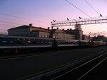 Вокзал на закате