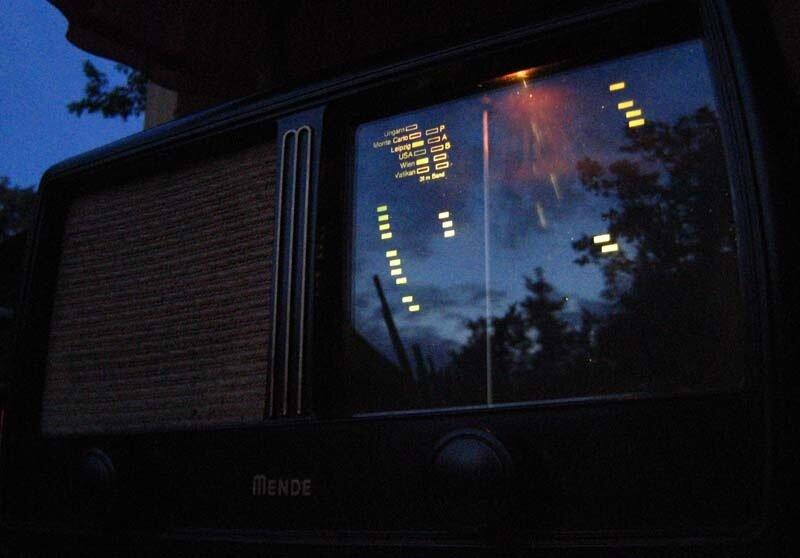 ламповый радио 1951 года  MENDE