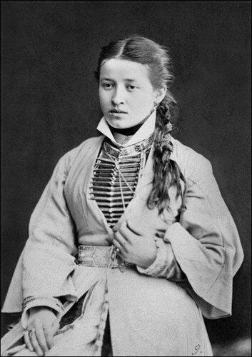 Осетинская девушка, 1883 год