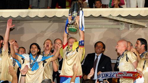 Футбольный клуб «Зенит» выиграл Суперкубок УЕФА (UEFA Super Cup 2008), обыграв со счетом 2:1 «Манчестер Юнайтед». Фотографии: Reuters.