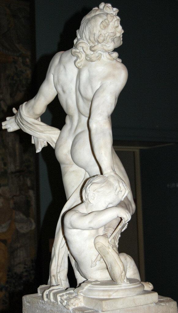 Achilles_Statue.jpg